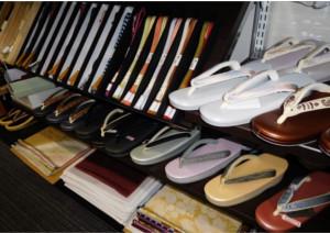 大阪の着物専門店「和空間スポットガーデン」は、帯・草履・バッグといった和装小物が豊富!
